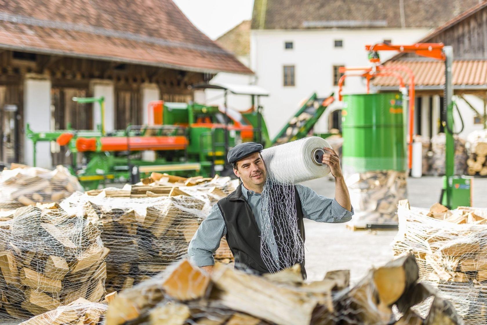 Brennholz-Förderband Brennholzverpackung Brennholz-Reinigung