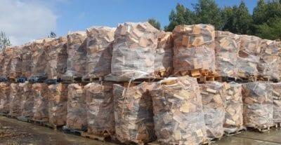 Brennholz-Verpackung mittels Netz