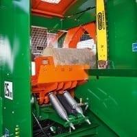 Harvester Supercut Sägeeinheit beim Sägespaltautomaten