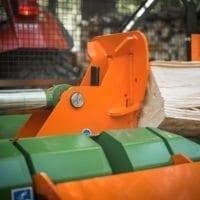 Der Holzspalter ist robust durch die massive Bauweise. Das Druckstück des Liegendspalters Splitmaster von Posch