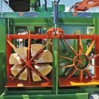Spaltkreuz 8 fach und 15 fach hydraulisch verstellbar für Brennholzautomat. Massives Rahmen-Spaltmesser für 1m Scheitholz