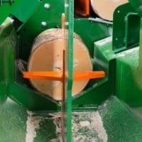 Spaltmesser für vier Teile beim Sägespalter