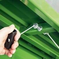 Tisch-Wippkreissäge: werkzeugloser Wechsel von Längs- zu Brennholzschnitt