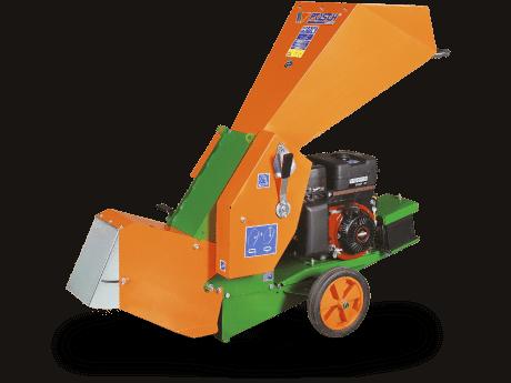 Holzhäcksler zur Kompostaufbereitung mit Benzinmotor