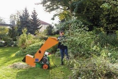 Gartenhäcksler Kompost großer Garten