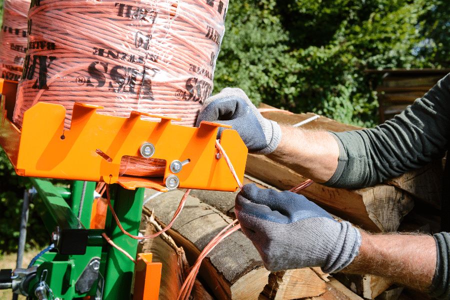 Posch bundler for logs - metre-long billets, Fybron