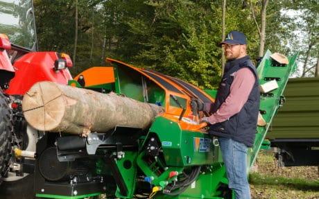 Sägespalter mit WIDIA-Kreissägeblatt für die Brennholzproduktion, Spaltautomat bis Holzdurchmesser 37 cm