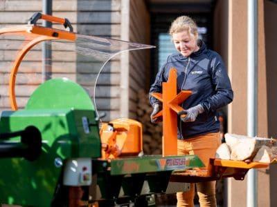 Liegendspalter-Spaltmaschine-Brennholz-spalten-Polly-POSCH-Leibnitz-Aktion-Spaltmesserwechsel-StefanLeitner-24