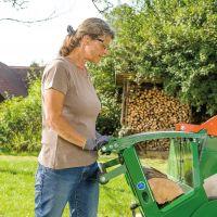 Posch Kreissäge mit Wippe. Hüftrolle für ermüdungsfreien Brennholzschnitt